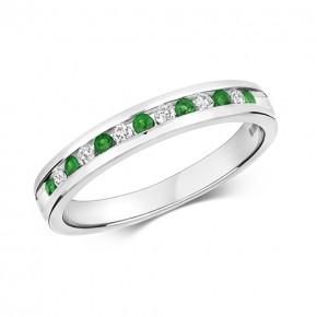 9k Diamond Emerald Ring